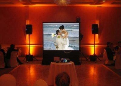 screen wedding1 570x428 1